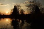 plan d'eau coucher de soleil